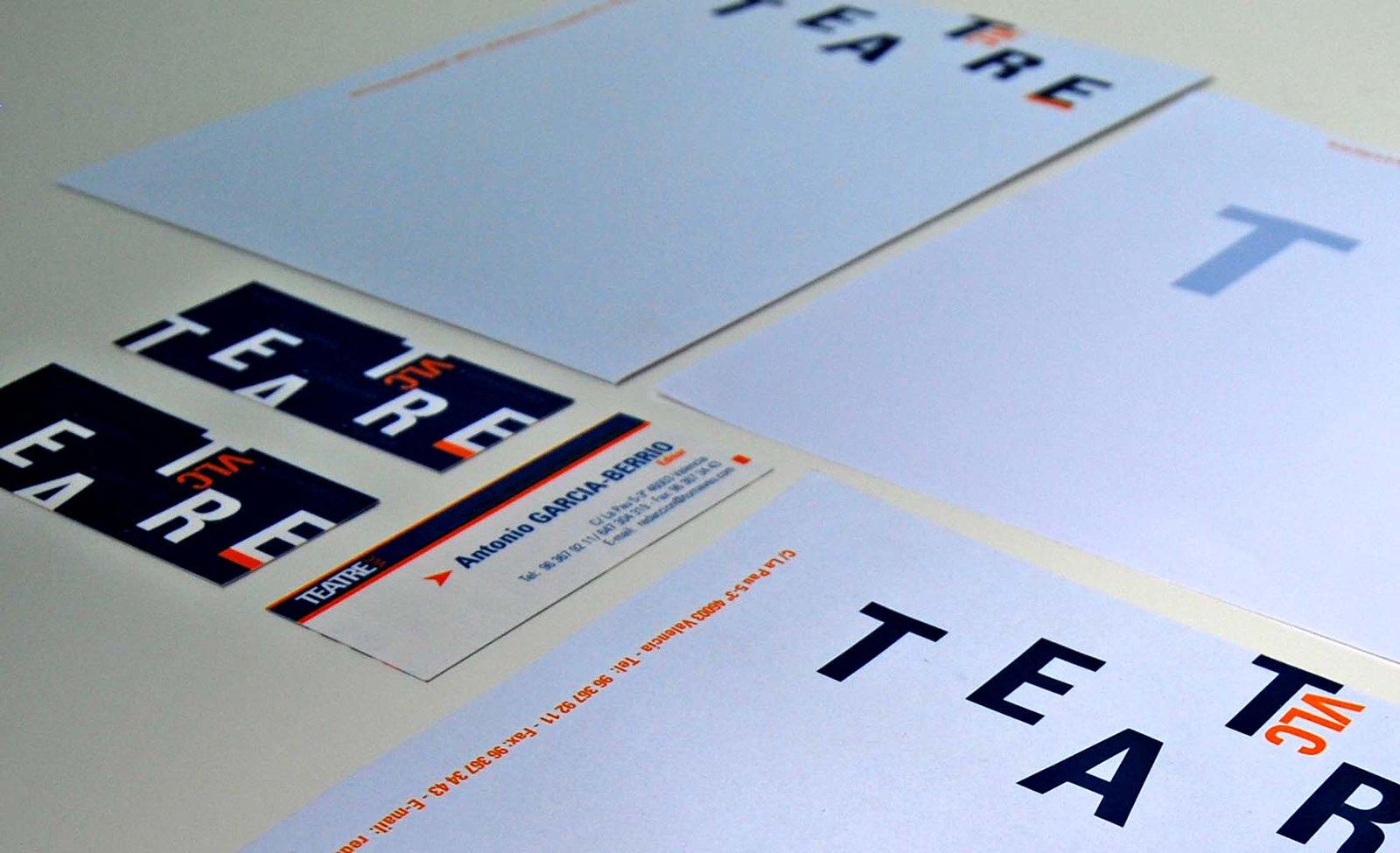 Diseño de imagen corporativa. revista Teatre Vlc
